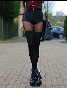 red girl fashion style skinny black Grunge outfit Jeffrey Campbell ...
