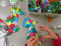 Ocean Animal Seahorse Craft fine motor fun for an ocean or summer theme Seahorse Crafts, Ocean Animal Crafts, Rainbow Fish Coloring Page, Ocean Mural, Preschool Arts And Crafts, Reading Themes, Ocean Themes, Toddler Crafts, Art For Kids