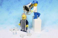 Lego minifigure takes on the ALS Ice Bucket Challenge #icebucketchallenge