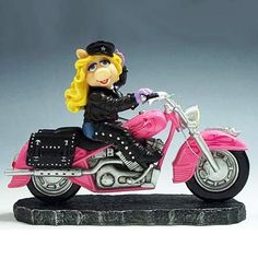 pink harley davidson motorcycles | MISS PIGGY on HARLEY DAVIDSON SOFTAIL HERITAGE - Harley Davidson ...