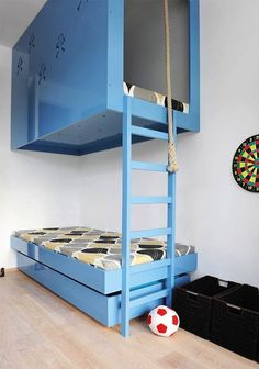 Creative Children's Beds, Blue Pirate's Fort with ladder and swinging rope, Remodelista