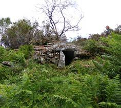 Chouzos e parideiras da Laxe Fornelos de Montes (Parroquia da Laxe) Patrimonio etnográfico