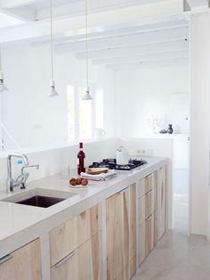 Google Afbeeldingen resultaat voor http://2.bp.blogspot.com/_-1T0fV-GrcI/TJCwjmjltQI/AAAAAAAAAQA/V8JOYncst2s/s1600/houten-keuken.jpg