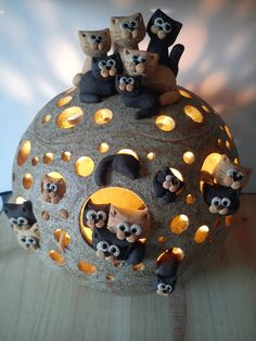 Facebook CeramiCats: