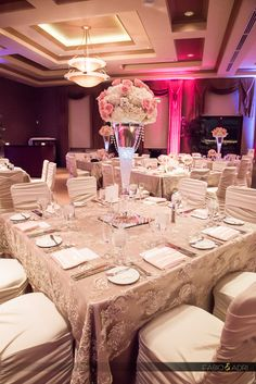 Wedding reception decor, Pink and Champagne, Dragon Ridge Golf Club, Las Vegas photographers, Fabio and Adri Photography