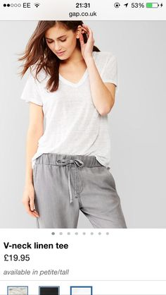 ff2203906fbfa Gap women linen tee - Google Search Capsule Outfits