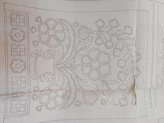 Elisabetta hand embroidery: The mi-ti-cheee! Hand Embroidery Patterns, Beading Patterns, Machine Embroidery Designs, Birds, Sewing, Karma, Floral, Ideas, Folklore