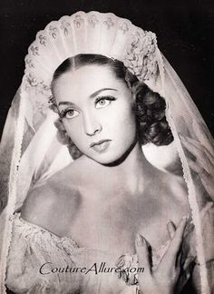irina baronova, 1942. #Ballet_beautie #sur_les_pointes * Ballet_beautie, sur_les_pointes *
