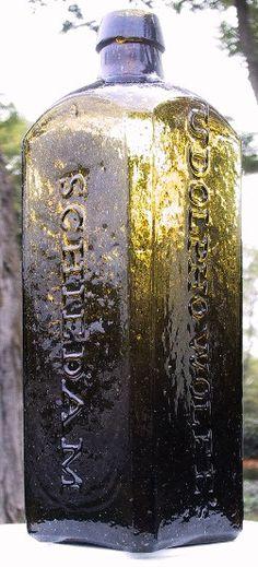 Udolpho Wolfe's Schiedam Aromatic Schnappes Gin Bottles, Bottles And Jars, Glass Bottles, Antique Bottles, Vintage Bottles, Dutch Gin, Old Medicine Bottles, Brown Bottles, Schnapps