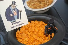 MKHKKH: Hank's Batman Birthday Party - Again, I like the snacks.