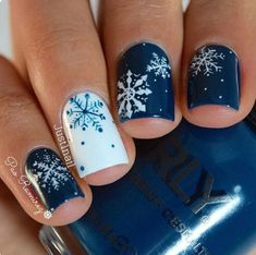 """If you're unfamiliar with nail trends and you hear the words """"coffin nails,"""" what comes to mind? It's not nails with coffins drawn on them. It's long nails with a square tip, and the look has. Xmas Nails, Holiday Nails, Diy Nails, Christmas Nails, Christmas Holiday, Christmas Style, Christmas China, Valentine Nails, Modern Christmas"""