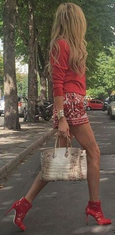 #streetstyle #spring2016 #inspiration |Red Accent Street Style                                                                             Source
