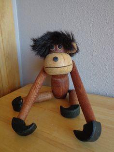 Vintage Wooden Monkey with Brush by fridayfindsmama on Etsy