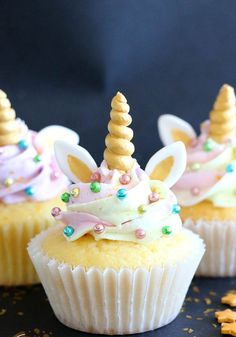 DIY anniversaires : un gouter d'anniversaire fait maison avec des jolis muffins licornes     DIY birthdays: a homemade birthday gouter with lovely unicorn muffins