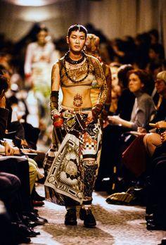 Jean Paul Gaultier Spring 1994 Ready-to-Wear Fashion Show - Jenny Shimizu