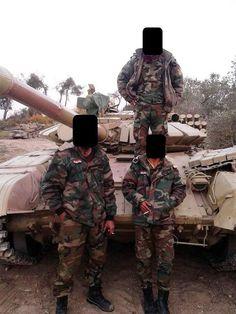 СМИ: новые российские танки продолжают поступать в Сирию - http://russiatoday.eu/smi-novye-rossijskie-tanki-prodolzhayut-postupat-v-siriyu/                              Судя по фотографиям опубликованным в интернете, сирийские правительственные подразделения продолжают получать российские боевые машины, соо�