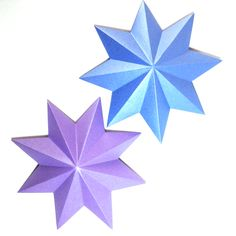 These Three Dimensional Paper Stars are so much fun to make!