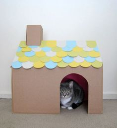 DIY Cardboard Cat House, from Fancy Seeing You - Pet craft diy projects and ideas