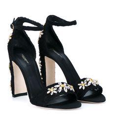 Dolce & Gabbana Embellished Open Toe Sandals (1.645 BRL) ❤ liked on Polyvore featuring shoes, sandals, heels, sapato, black block heel sandals, black embellished sandals, lace-up sandals, black lace shoes and black flower sandals