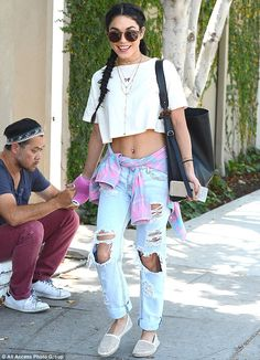 She likes to match! Just a day after rocking navy blue, Vanessa Hudgens stepped out in Beverly Hills wearing a pink hand cast as she ventured to Kate Sommerville Skin Care