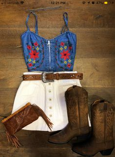 Embroidered Denim Crop Top ( Blue ) 99 Amazing Winter Outfits Ideas For Teens Cute Cowgirl Outfits, Cowboy Boot Outfits, Rodeo Outfits, Cute Outfits, Preppy Outfits, Cowboy Boots, Winter Outfits, Fiesta Outfit, Mexican Outfit