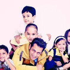Salman Khan with Kids!