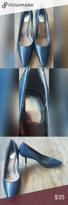 Calvin Klein Navy Blue Heels Pumps Size 8 Calvin Klein navy blue heels.  Women's size 8. True to size.  In excellent condition. No flaws noted.  From a pet/smoke free home. Calvin Klein Shoes Heels