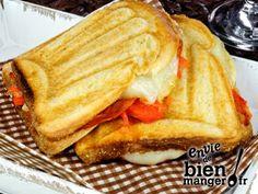 Craquez pour ce Croque ibérique à réaliser en 15min, Envie de Bien Manger. Plus de recettes express ici : www.enviedebienmanger.fr/idees-recettes/recettes-express