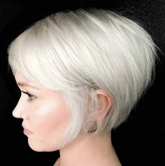 40 Best Pixie and Bob Short Hairstyles for Women 2019 - - Short Hairstyles - Hairstyles 2019 Okay prefer to overhaul your look? Is it accurate to say that you are hunting down an ideal hairdo that can suit your way of life? Today, you get that opportuni Short Hairstyles For Thick Hair, Pixie Hairstyles, Hairstyles With Bangs, Short Hair Cuts, Easy Hairstyles, Curly Hair Styles, Pretty Hairstyles, Fashion Hairstyles, Hairstyles 2016