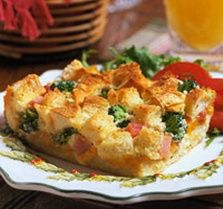 Ham And Broccoli Strata (light meals for dinner weight watchers) Make Ahead Brunch Recipes, Cookbook Recipes, Light Recipes, Ham, Broccoli, Stuffed Peppers, Meals, Dishes, Baking