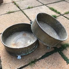 Two 40cm claw-footed brass pot stands £7 #appscourtfarm #colondannes (at Hampton Common)