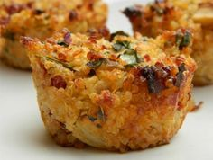 Quinoa Pizza Bites--Delicious pizza again available without gluten, check out this great Quinoa pizza recipe.