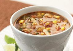 This healthy chicken, corn, and tomatillo chili relies on heart-smart beans and low-sodium chicken broth. Heart Healthy Recipes, Gourmet Recipes, Clean Eating Snacks, Healthy Eating, Healthy Foods, Healthy Chili, Healthy Chicken, Snacks Under 100 Calories, Low Sodium Chicken Broth