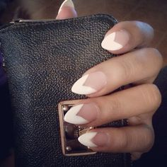 Pointy nails. French tip. White tip. V shape.
