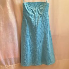 Gap turquoise blue dress Gap, size 4, turquoise blue, strapless, stitched vertical lines, zipper and eye & hook closure on left hand side , fully lined, shell 100% cotton lining 100% cotton very cute summer dress. GAP Dresses Strapless
