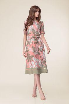 46180971cc7cefa Красивое нарядное летнее платье с поясом, цвета розовый и хаки, дизайн  2019, классическое
