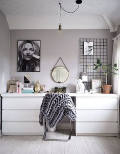 Easy But Stunning Ideas For Bedroom Decor - CHECK THE PIN for Various DIY Bedroom Decor Ideas. 34336373 #bedroomdecor #bed