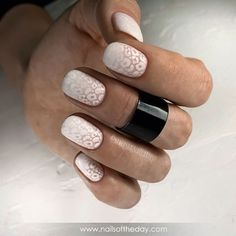 - Ideas hermosas e interesantes White Nails, Pink Nails, Gel Nails, Finger, Acrylic Gel, Stamping Plates, Nail Decorations, Nail Trends, Mani Pedi