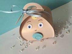 Kraftin' Karyn and her baby Curvy Keepsake Treat Box. Ahhhh! So cute Karyn....