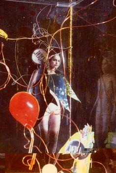 Tempo  http://visionipoetiche.com/2013/04/13/tempo/  Scacco alla regina, dett., 1999