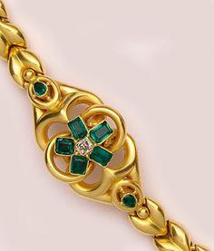Victorian Emerald, Diamond And High Gloss Polished Gold Bracelet    c.1860
