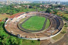 Estádio Santa Cruz - Ribeirão Preto (SP) - Capacidade: 45 mil - Clube: Botafogo