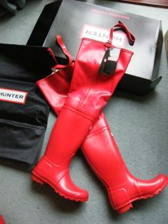 Brand new red rubber Hunter waders