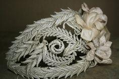 #Cherubina #bridal #headpiece #wedding #tocado #novia #boda Headpiece Wedding, Bridal Headpieces, Pelo Vintage, Bridal Hat, Wool Thread, Cocktail Hat, Love Hat, Bobbin Lace, Wedding Hair Accessories