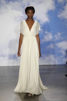 A relaxed bohemian look with a killer neckline from Jenny Packham {photo: Dan Lecca} Elegant Wedding Gowns, 2015 Wedding Dresses, Beautiful Dresses, Nice Dresses, Formal Dresses, Jenny Packham Bridal, Top Wedding Dress Designers, Little White Dresses, Bridal Style