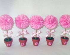 Looking for a unique baby shower favor to give to your guests? How about an adorable baby sock rose! Your guests will leave the shower with a