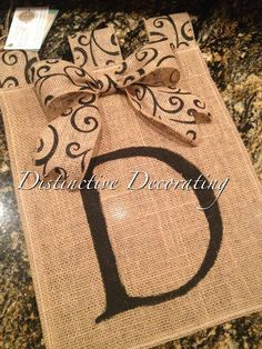 burlap garden flag with scroll tabs & bow... no instructions but should be a snap to do
