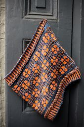 Ravelry: Simon Says Cowl pattern by Tanis Gray