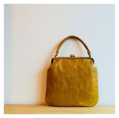 b4a1979661bb 24 Amazing Celine Doctor Frame Handbags images | Frame bag, Celine ...