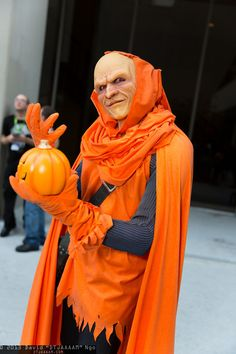 Character: Hobgoblin (Jason Macendale) / From: MARVEL Comic 'The Amazing Spider-Man' / Cosplayer: Mark Meer / Event: Dragon*Con 2013 Comic Book Costumes, Dc Costumes, Super Hero Costumes, Cool Costumes, Epic Cosplay, Male Cosplay, Amazing Cosplay, Anime Cosplay, Hobgoblin Marvel